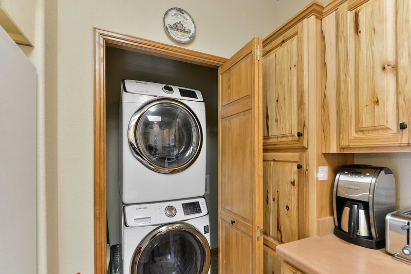 Vous trouverez des machines à laver dans la cuisine pittoresque.