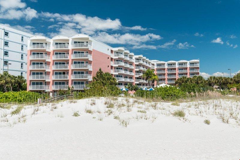 Kommen Sie in unseren wunderschönen Suiten direkt am Strand bleiben!