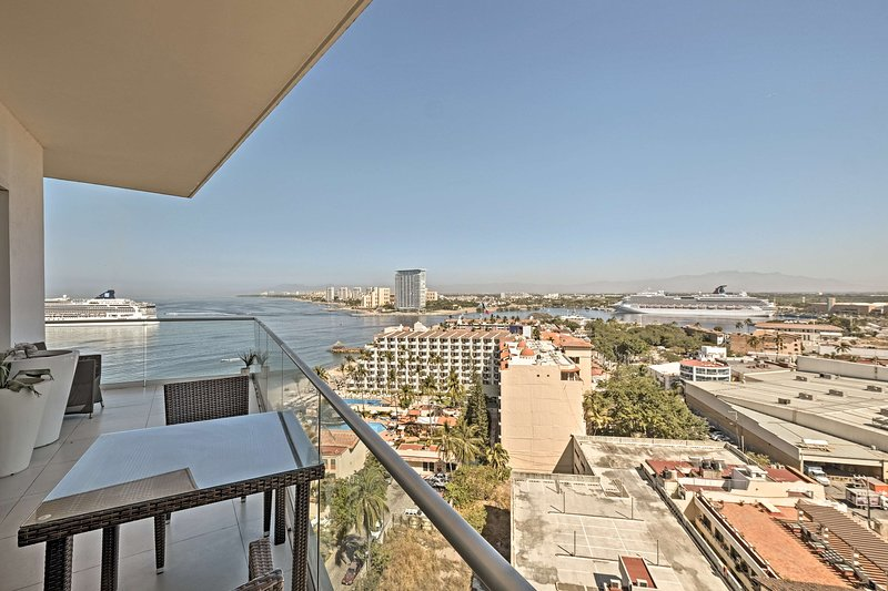Enjoy stunning views of Puerta Vallarta from this vacation rental condo.