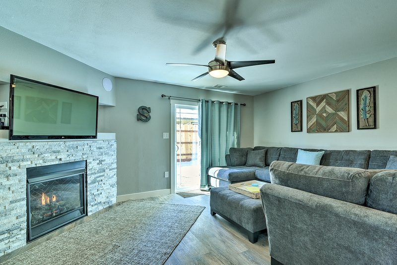 This 4-bed, 2-bath vacation rental home comfortably sleeps 10 travelers.