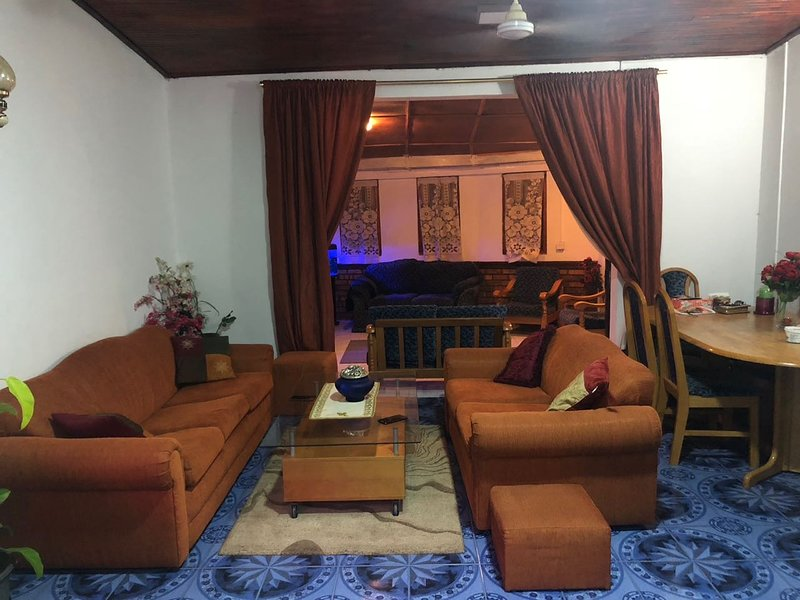 Beautiful location with high quality service, vacation rental in Heerassagala