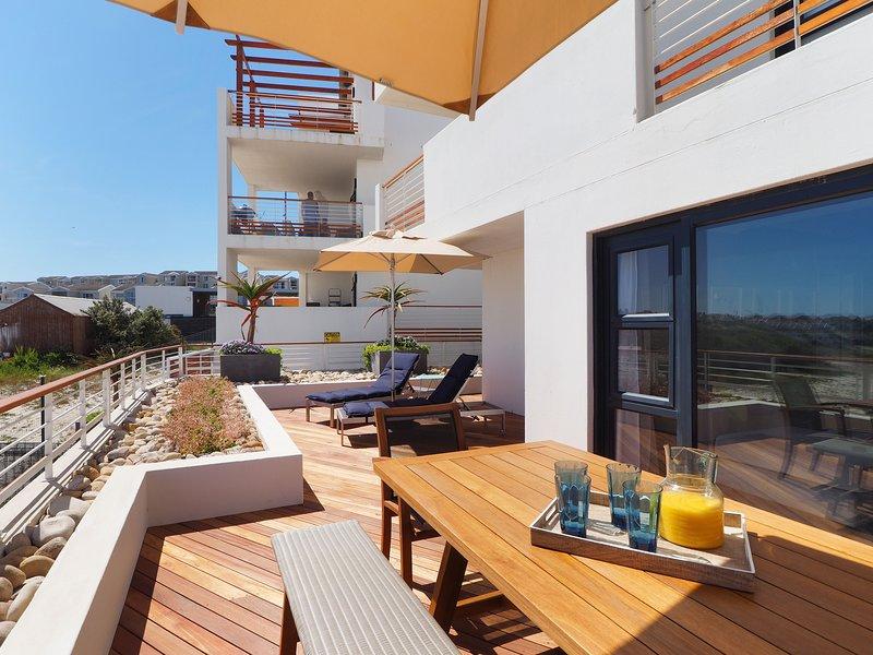 Azure 34 On Big Bay, holiday rental in Bloubergstrand
