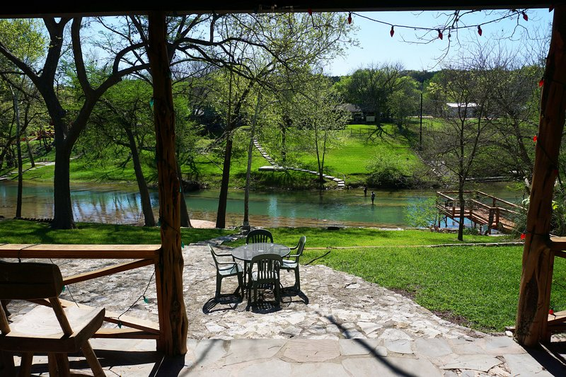 Pecan creek cottage updated 2019 2 bedroom house rental - 2 bedroom suites in new braunfels tx ...