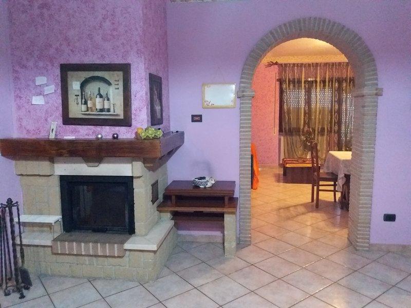 Blick von der Küche Kamin und Eingang Entspannung