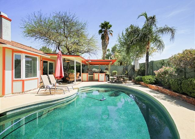 pool with outdoor kitchen custom pool updated 2018 tripadvisor remodeled 3br w private pool outdoor