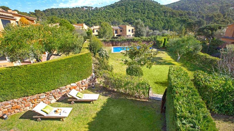 Llafranc Villa Sleeps 9 with Pool and WiFi - 5223690, holiday rental in Llafranc