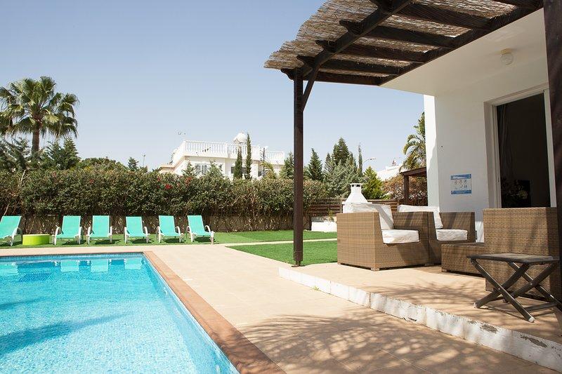 villa sofia ayia napa lounge by pool
