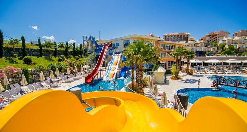 Kuşadası Golf & Spa Resort Pelican 2B, vacation rental in Sogucak