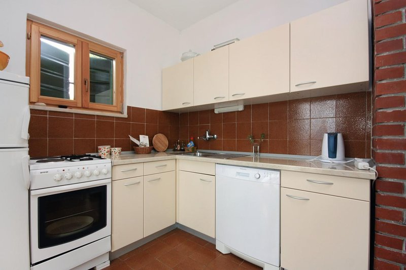 Kitchen 2, Surface: 6 m²
