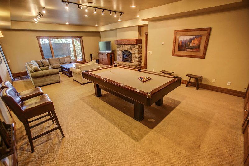 Council 130 - Pool table