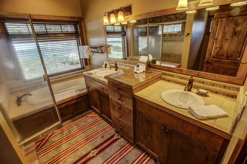 Council 130 - Master bathroom with dual sinks