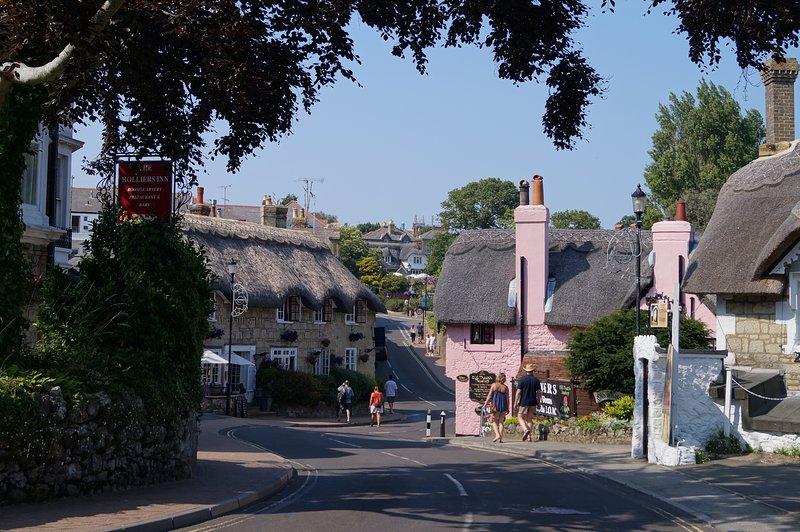 El pueblo viejo, a menos de 5 minutos a pie.
