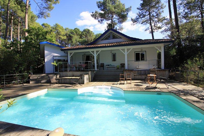 Villa Green Land, piscine et golf, vacation rental in Lacanau-Ocean