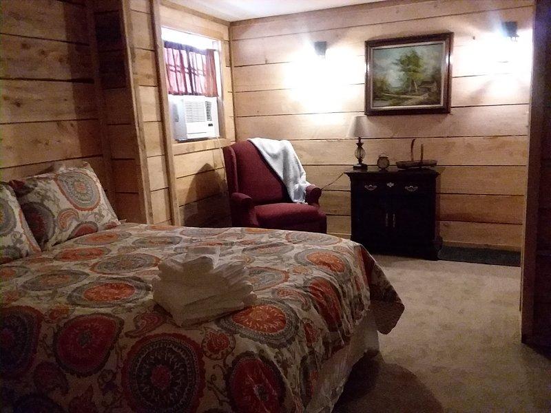 La sala de Jayda 5 está disponible para dormir 2 o actúa como el cuarto adjunto para nuestra suite.