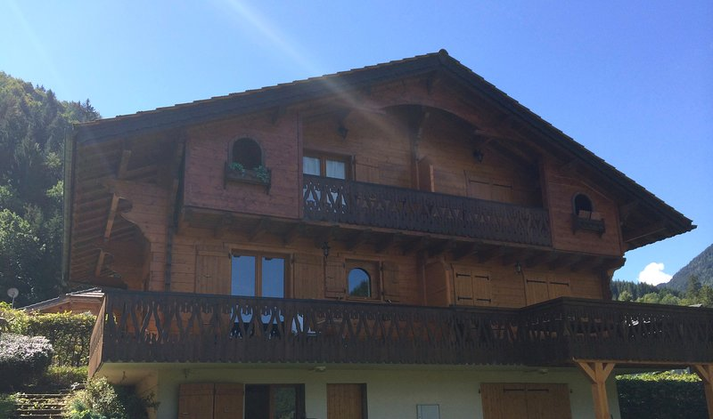 Chalet Olimon with stunning views of the valley and mountains Chalet in Saint Jean d'Aulps