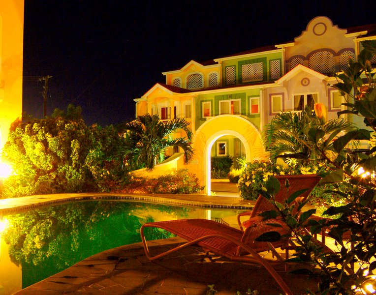 The Harbour 1-Bed Villa #1 with Pool+Moorings, location de vacances à Gros Islet
