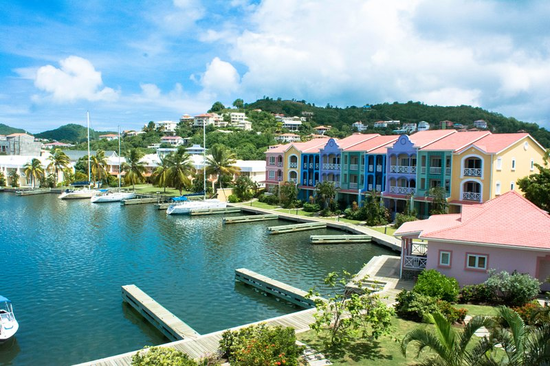The  Harbour 3-Bed Villa #14a Water-front with Pool – semesterbostad i Gros Islet