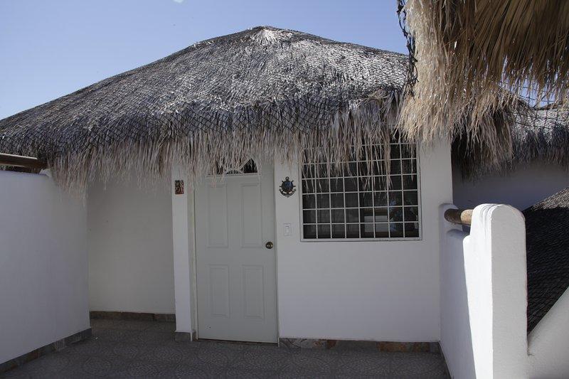 Villa Carey Bungalow 5, vacation rental in La Paz