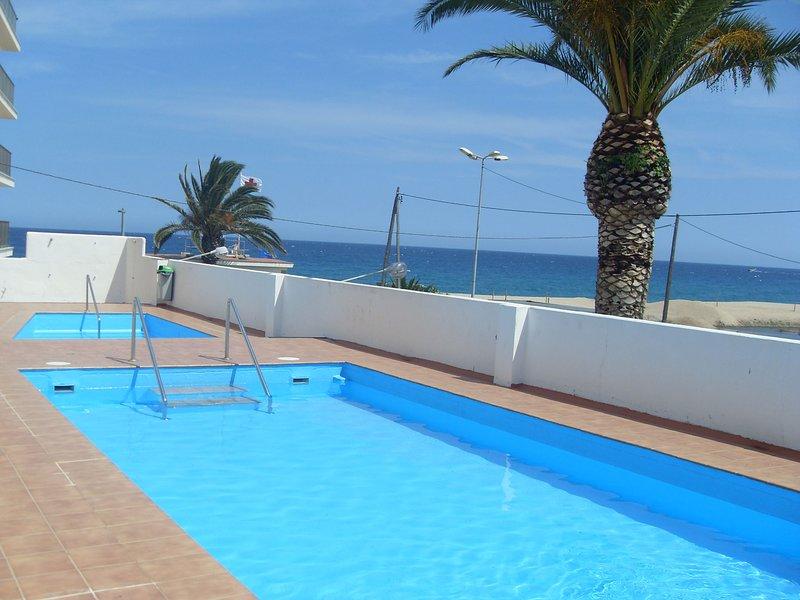 PRECIOSO LOFT REFORMADO, 1ª LINEA, PLATJA D'ARO, holiday rental in Platja d'Aro
