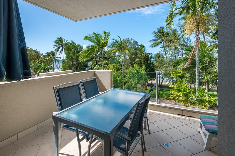 Terrace Grill Rental In Palm Cove Holiday Rentals