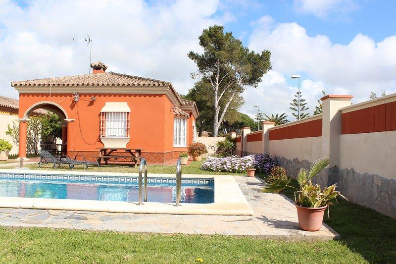 Chalet Marisma, holiday rental in Chiclana de la Frontera