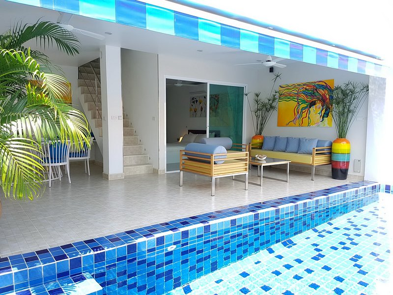 Cosy 3 Bedroom Duplex w Private Pool Near Beach, vakantiewoning in Ang Thong