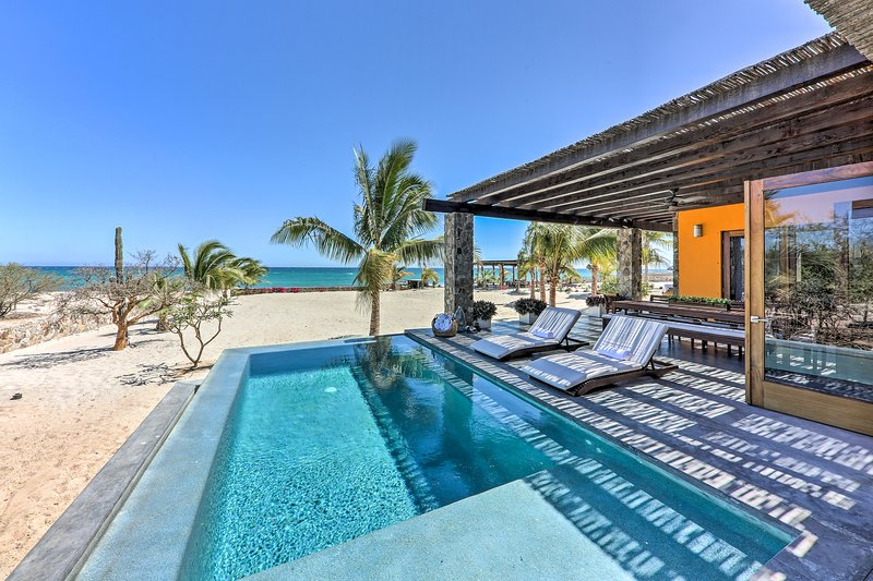 Escape to the sandy shores of Los Barriles at this luxury vacation rental villa.