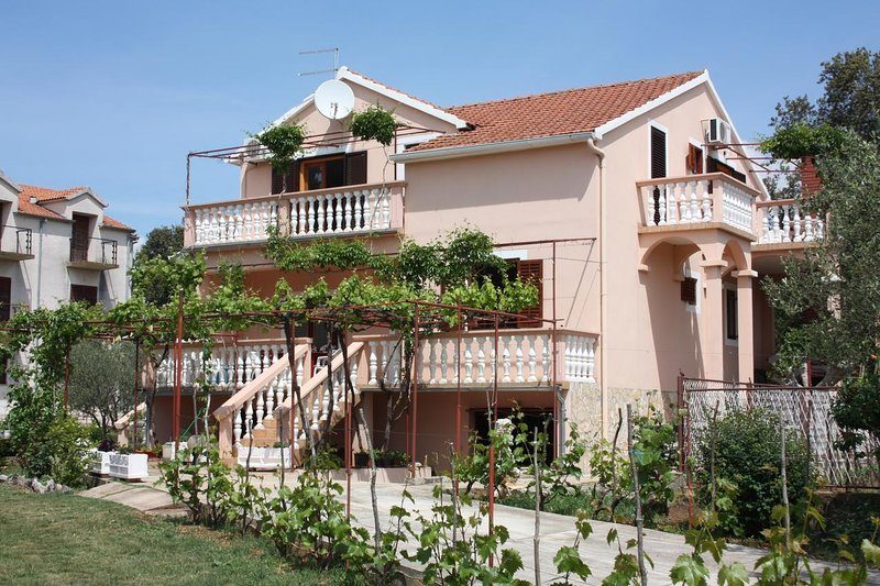 One bedroom apartment Turanj, Biograd (A-6197-b), holiday rental in Turanj