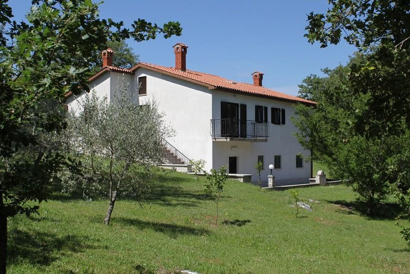 Three bedroom house Kršan - Vlašići, Central Istria - Središnja Istra (K-7685), location de vacances à Vozilici