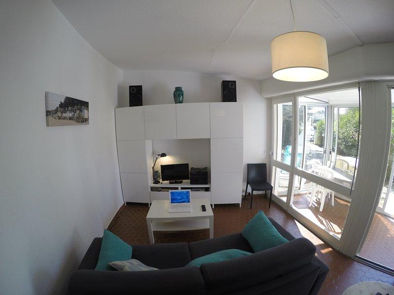 Living Room, and veranda