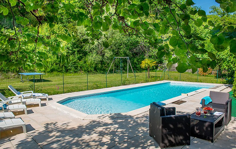 Auradou Villa Sleeps 4 with Pool and WiFi - 5604575, vacation rental in Beauville