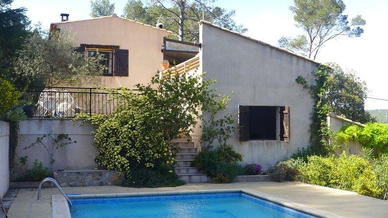 Le Mas Saint-Pierre Résidence secondaire  avec Piscine dans colline privée, location de vacances à Vidauban