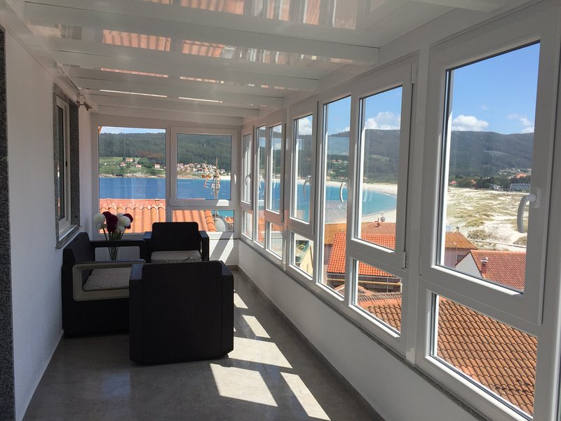 Amazing apartment with sea view, holiday rental in Quintans