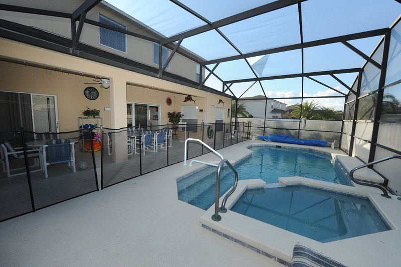 Pool Spa and Deck