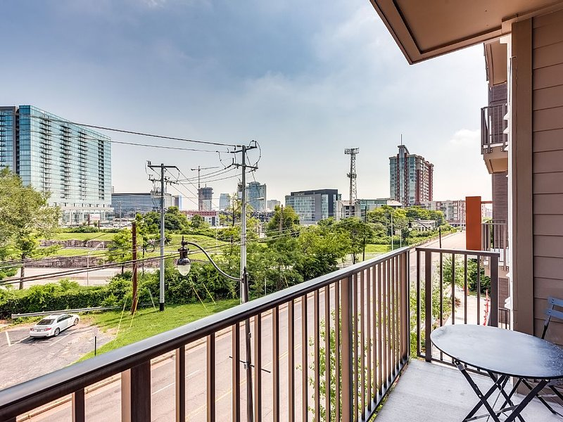 Our private balcony with views of Nashville.