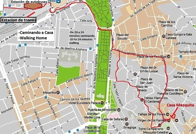 Different ways to get to Casa from the train station or by bus. Some 20mn.
