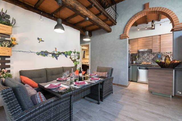 Casa Vacanze 'Le Stagioni di Bacco', immersa nella splendida campagna Toscana, vacation rental in Pieve a Nievole