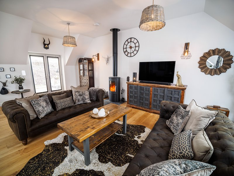 Taymore Lodge, your home away from home..., Ferienwohnung in Kenmore