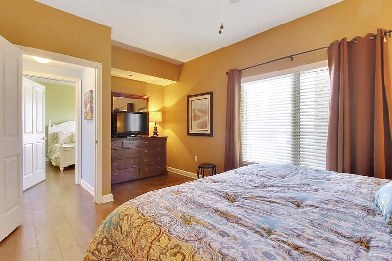 Shores of Panama 1421-Master Bedroom with King sized bed