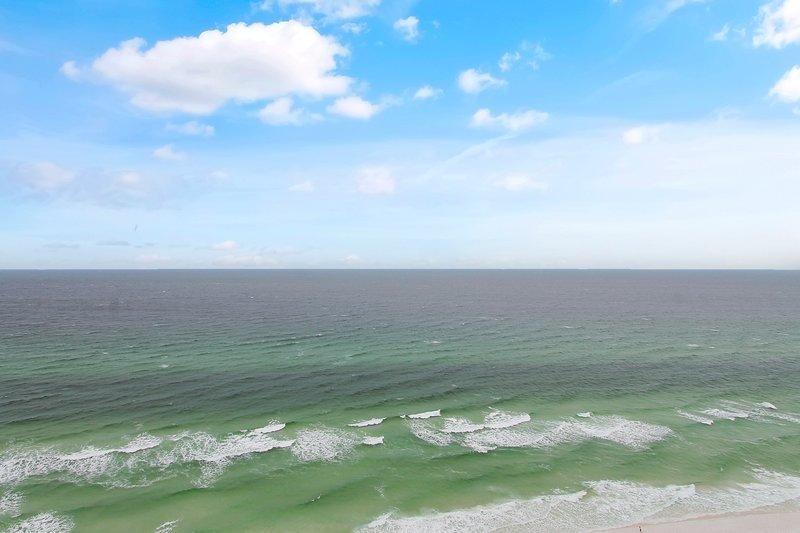 Shores of Panama 2103-View