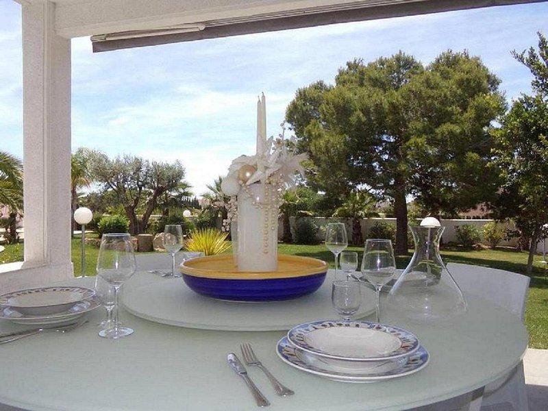 Fidalsa Lujosa Villa Salinas y Mar, holiday rental in Santa Pola