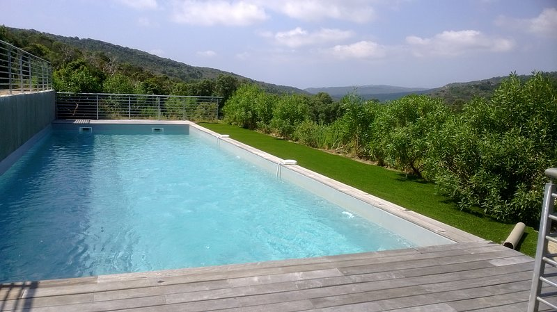 Amazing house with shared pool, holiday rental in Pietra Longa Salvini