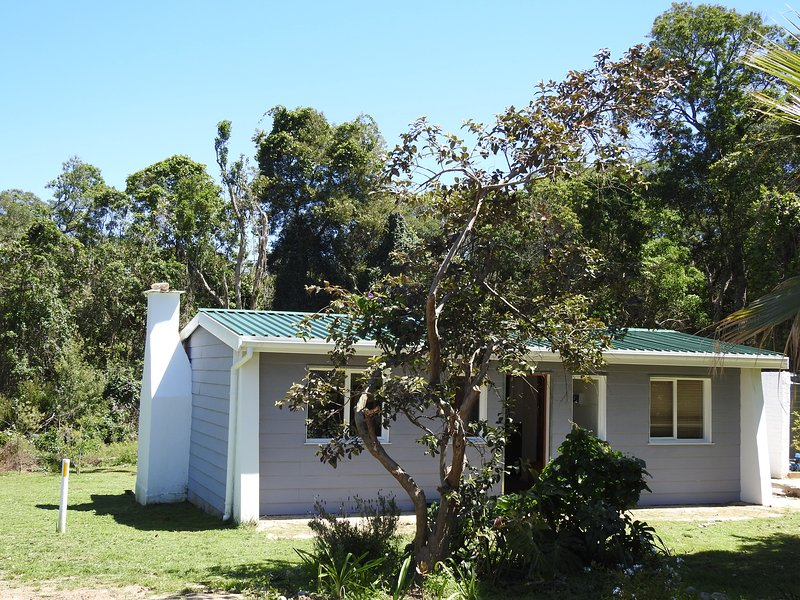 Natures Way Bushbuck Cottage, holiday rental in Plettenberg Bay
