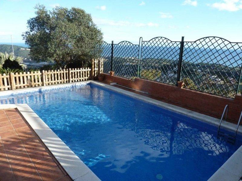VIVALIDAYS CASA CASTAÑO, vacation rental in Sant Cebria de Vallalta