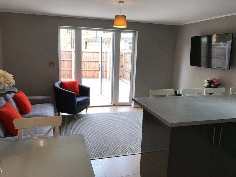 Double En-Suite - Lincoln Suite, holiday rental in Navenby