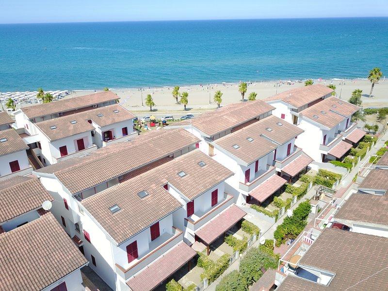 Residence Devi - Appartamento, vacation rental in Pietrapaola
