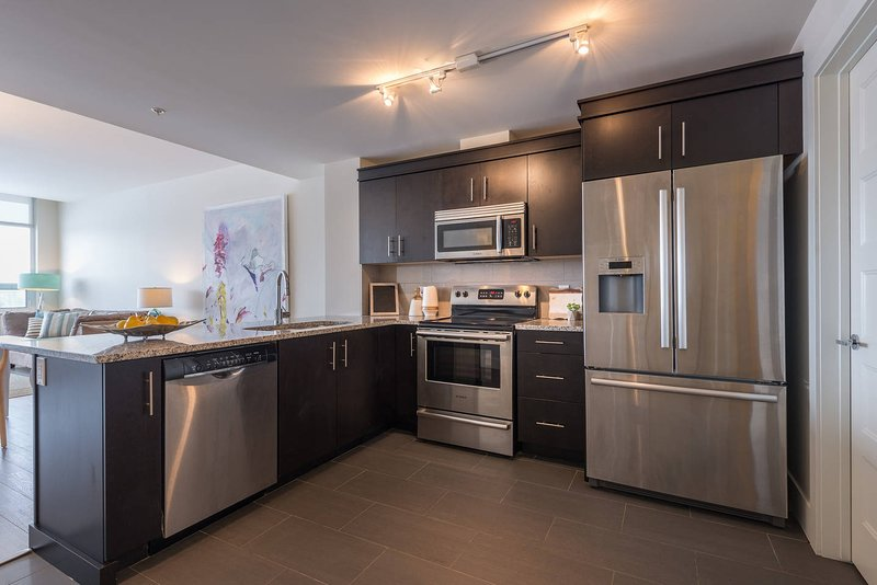 Living Life at King's Wharf - 2 Bedroom, vacation rental in Fall River