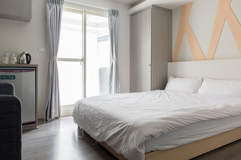 ZEN05 MRT Zhongshang Station 46A, Cozy+Convenient, holiday rental in Zhongshan District