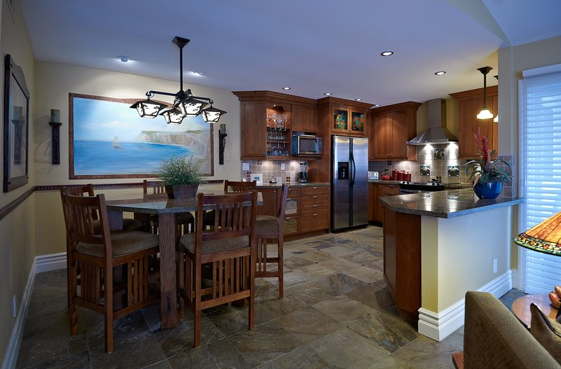 Kitchen/Dinning Area
