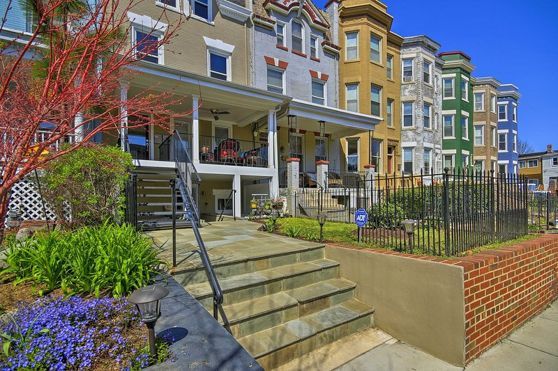 Welcome to your Washington D.C vacation rental nestled in the heart of the city.